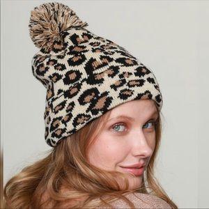 Super cute Leopard print acrylic Pom Pom hat